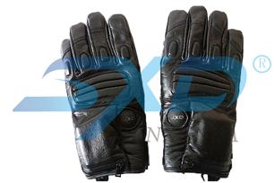 E-glove (B4)